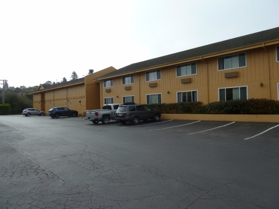 Quality Inn & Suites at Coos Bay Image