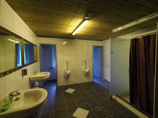 Trient, Ελβετία: Men's bathroom - taken by my husband