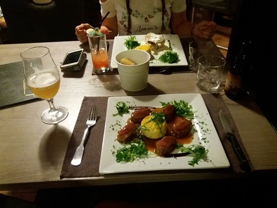 Dun-sur-Meuse, France : Duck and chicken main meals, with the, ahem, vegetables.