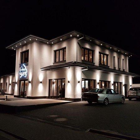 Tornesch, เยอรมนี: Restaurant Himara