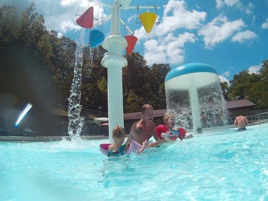 Huntsville, AR: Pool