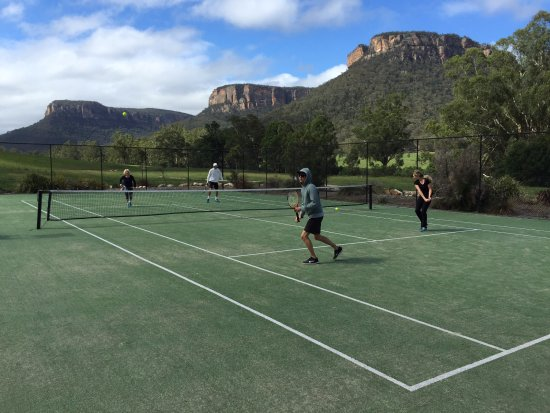 Emirates One&Only Wolgan Valley: Tennis courts