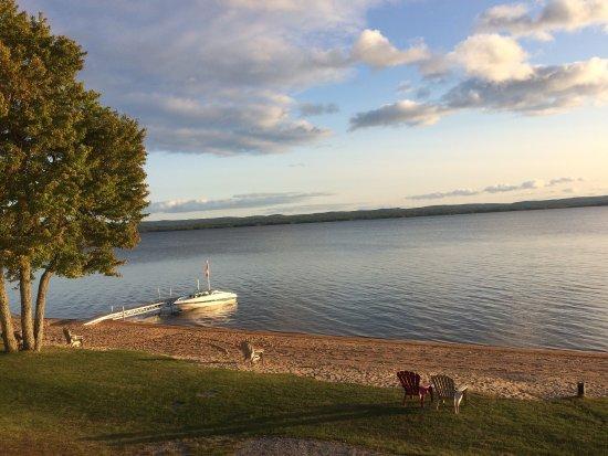 Golden Lake照片