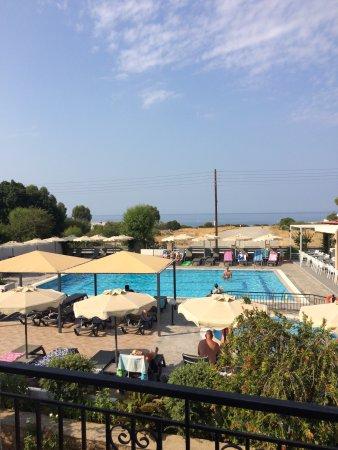 Amfitriti Hotel Pefkos Reviews