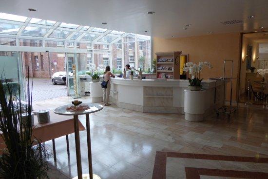 IntercityHotel Goettingen: Réception