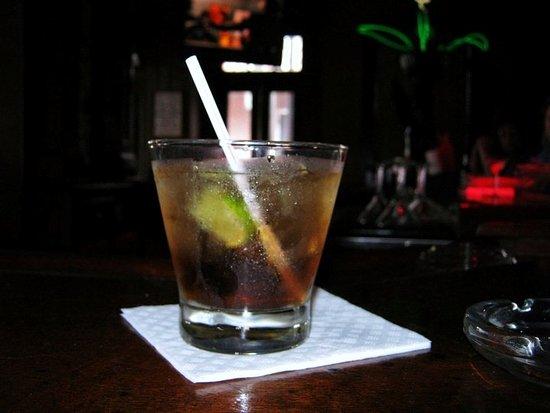 Good Friends Bar & Queens Head Pub Photo