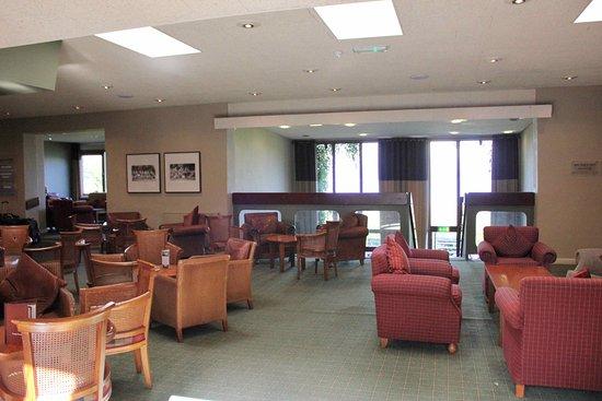 Isle of Mull Hotel & Spa: Hotel lobby