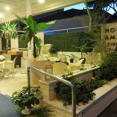 Aperitivo foto di hotel amati riccione tripadvisor for Hotel amati riccione prezzi