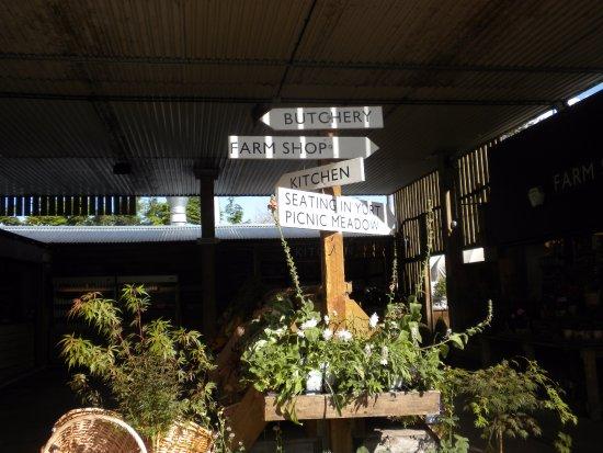 Frampton Mansell, UK : Jolly Nice