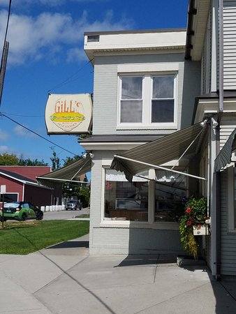 Rutland, VT: Gill's Delicatessen