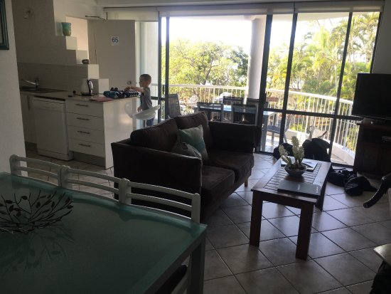 Noosa Pacific Riverfront Resort: Not at all what the website and booking sites depict