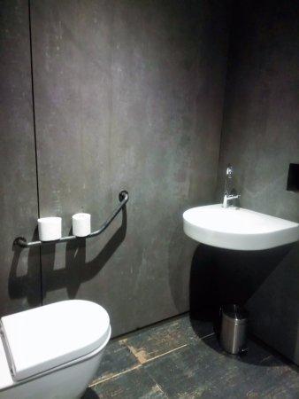 Correncon-en-Vercors, Frankrike: Toilettes