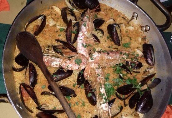 La Cantinita: paella ai frutti di mare