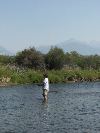 Montana angler fly fishing day trips bozeman all you for Bozeman mt fly fishing