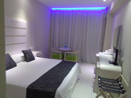 Tasia Maris Beach Hotel : as on arrival