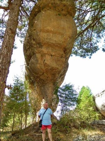 Valdecabras, Spania: un barco de piedra enorme