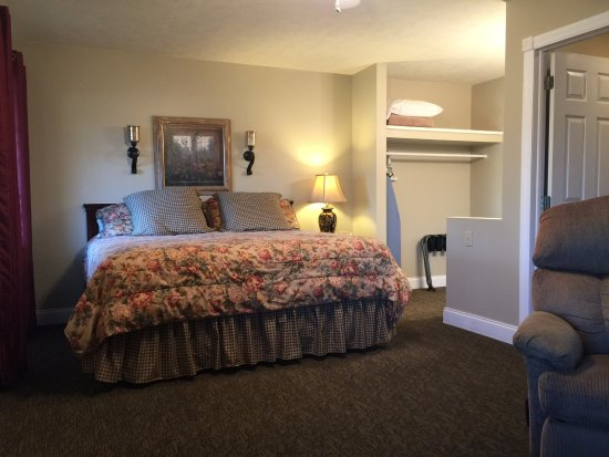 Yellville, AR: Executive King Room