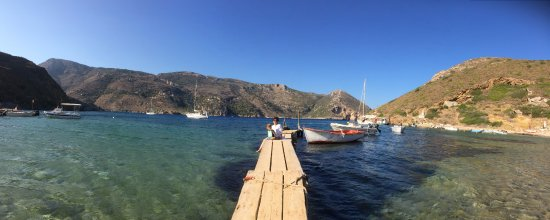 Porto Kayio, Greece: the view right from the beach tables.