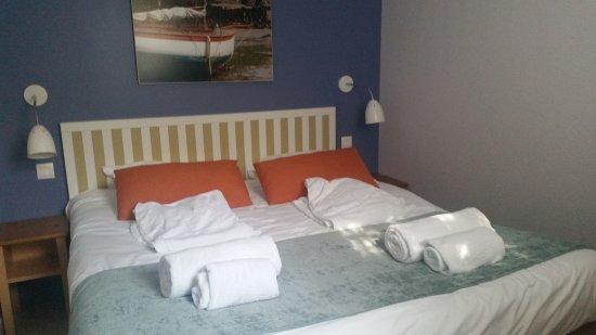 Pierre & Vacances Résidence Premium Le Coteau et la Mer : chambre adulte