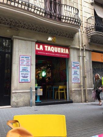 Photo of Mexican Restaurant La Taqueria at Passatge Del Font 5, Barcelona 08013, Spain
