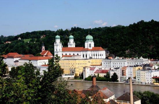 Pilgrimage Church and Pauline Fathers' Monastery: Blick von der Mariahilfkirche auf Passau