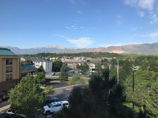 Best Western Plus Peak Vista Inn & Suites: 2 Queen Beds, Non-Smoking, Deluxe Room, Mountain View