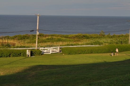 Spring House Hotel: View of the ocean/sound from the hotel