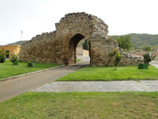 Puerta de Santa Maria de la Cabeza