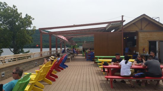 Outdoor Deck with Retractable Roof