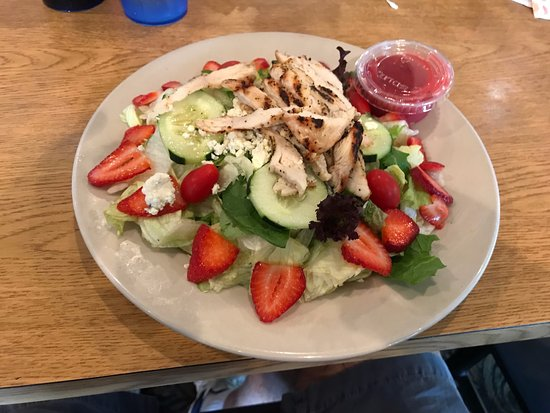 Pinckney, MI: Strawberry chicken salad