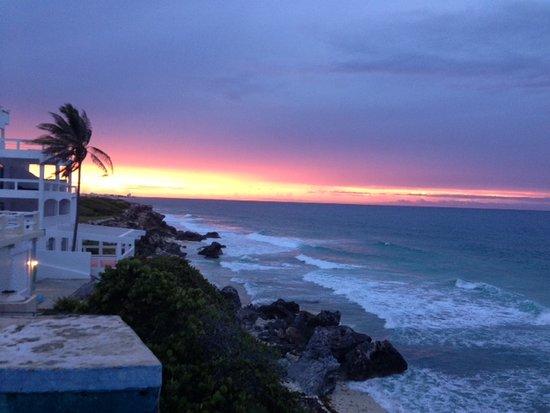Casa Roca Caribe : Sunset from the balcony