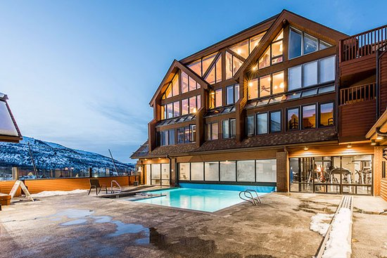 The Lodge at the Mountain Village by ASRL: Heated indoor/outdoor pool