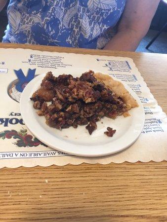Osseo, Wisconsin: Norske Nook - Chocolate Pecan Pie