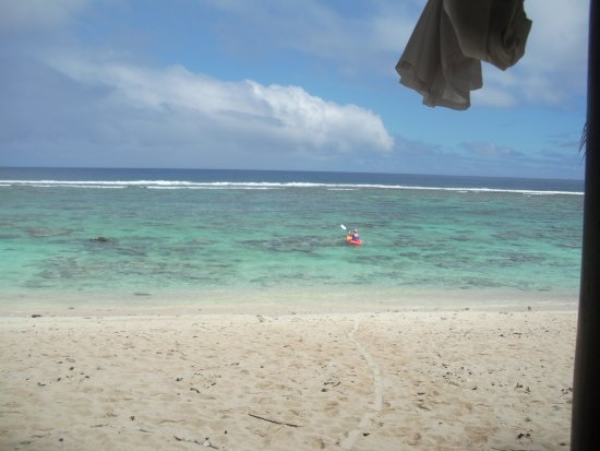 Crown Beach Resort & Spa: Free Kayaks available + Snorkelling gear and reef shoes