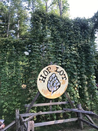 Hop Lot Brewing Company: Great place