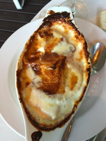 Bacchus Bistro: Creamy Garlic Scalloped Potatoes
