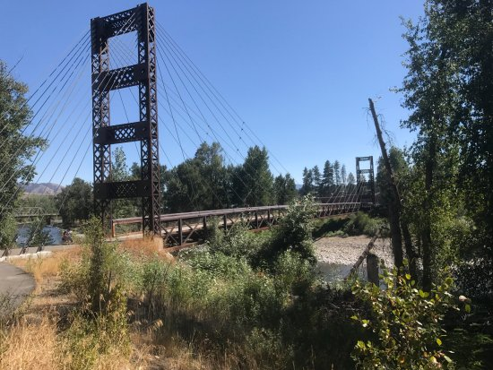 Susie Stephens Trail: Bridge