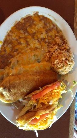 Oro Valley, AZ: Large Chicken Combination dinner