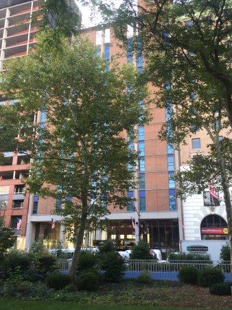 Best Western Plus Robert Treat Hotel: 外觀