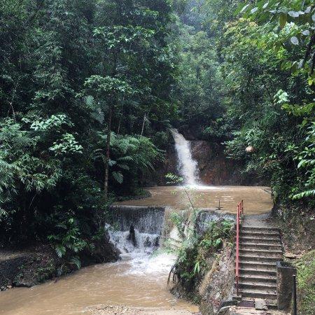 Jeriau Waterfall: photo0.jpg