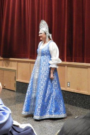 New Archangel Dancers: Beautiful costume on the Mistress of Ceremonies!