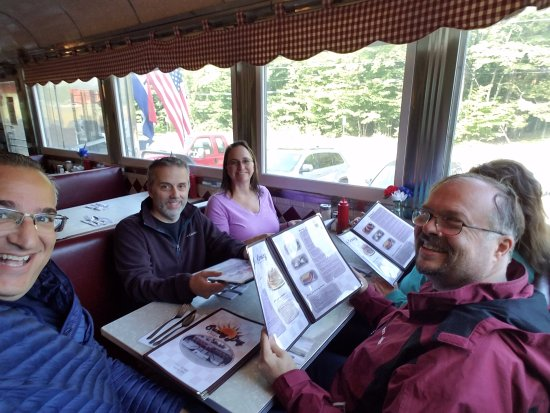Sunny Day Diner: Great place to grab a hot breakfast