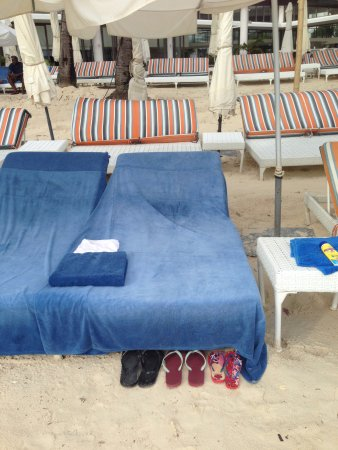 Discovery Shores Boracay: See slippers all neatly lined up