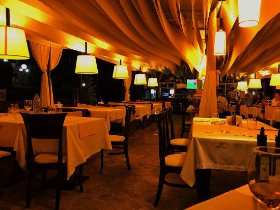Изображение Cactus Bar & Diner