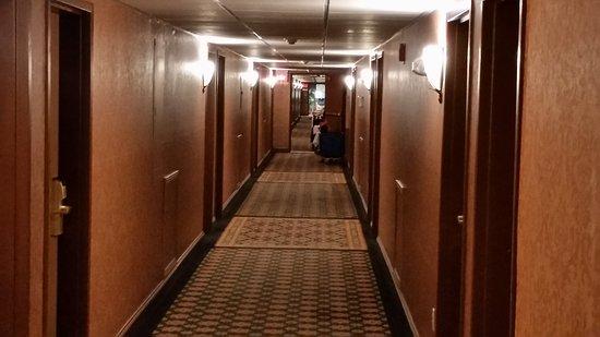 Grand Gateway Hotel: 20170826_151014_large.jpg