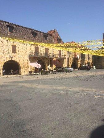 Villefranche-du-Perigord, France: LE CAFE DU COMMERCE