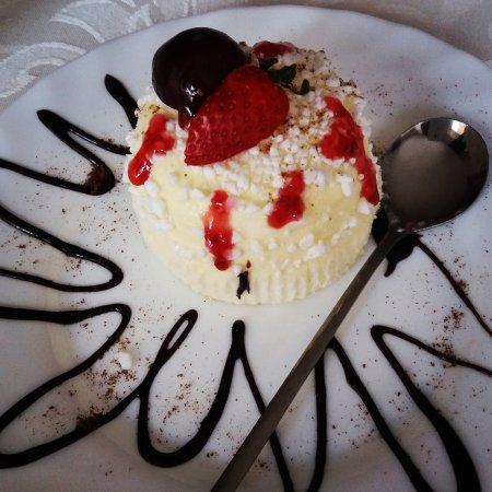 Kutno, Polen: Deser lodowy- ice cream dessert