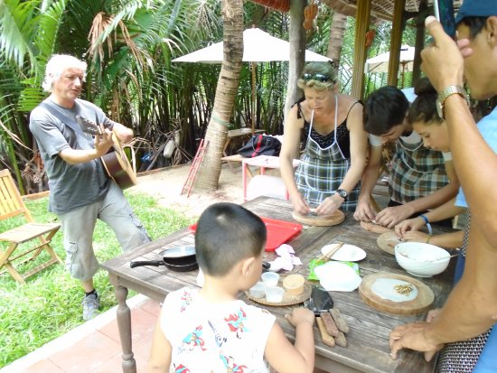 Nha Trang River Tour: cooking tours