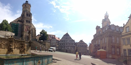 Sr. Michel und das Rathaus