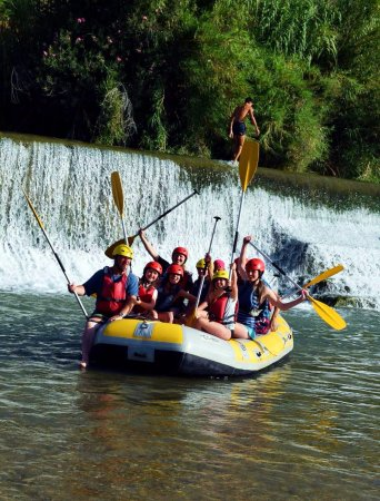Blanca, Spania: Raft Numero Uno - including my eight and ten-year old daughters